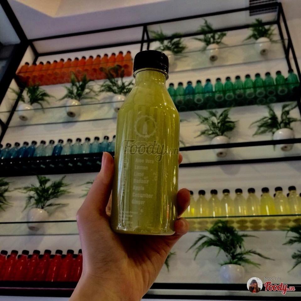 Chai nhựa tròn 300ml đựng nước ép trái cây 20