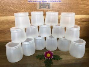 Hũ nhựa đựng sữa chua giá rẻ, chất lượng tốt – Mẫu mã, dung tích đa dạng